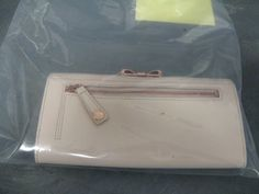 Found wallet. Please contact MVPD Property & Evidence, reference #1406223-1.