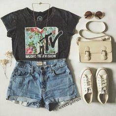❁ L E Y V I ❁