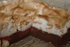 brownie, strawberries and meringue    www.dziarskapara.pl
