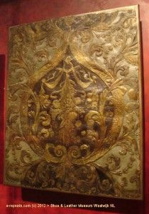 pattern gilt leather