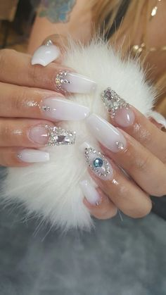 Wonderful wedding nail art design idea | nail art for brides | ideas de unas