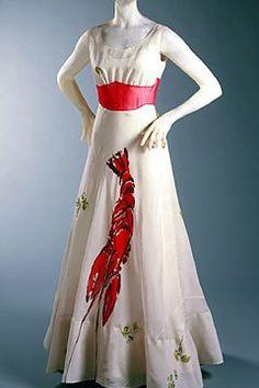 Dress designed for Wallis Simpson by Elsa Schiaparelli in collaboration with Salvador Dali. Elsa Schiaparelli, 1930s Fashion, Moda Fashion, Fashion Art, Vintage Fashion, Fashion Images, Vintage Outfits, Wallis Simpson, Moda Paris