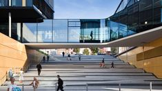 Intelligent Embedding Head Office Building of the AachenMünchener Versicherung AG in Aachen Cultural Architecture, University Architecture, Public Architecture, School Architecture, Contemporary Architecture, Landscape Architecture, Architecture Design, Urban Landscape, Landscape Design