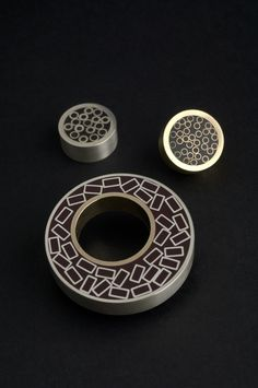 Caroline Royal - Hand made jewellery - Resin inlay
