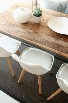 Dining room furniture ideas that are going to be one of the best dining room design sets of the year! Get inspired by these dining room lighting and furniture ideas! Dining Room Design, Dining Room Table, Table And Chairs, Dining Chairs, Room Chairs, Dining Rooms, Bag Chairs, Lounge Chairs, Table Style Scandinave