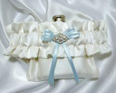 Best Garter Toss Ever.  Flask Garter  Something Blue Flask Garter by YouNiqueFlaskGarters, $32.00
