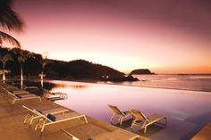 Stunning beach views & luxury accomadations await you at Dreams Huatulco Resort & Spa in Oaxaca, Mexico. Book your family's next all inclusive vacation today! Vacation Club, Need A Vacation, Mexico Vacation, Vacation Spots, Vacation Ideas, All Inclusive Beach Resorts, Dreams Resorts, Spa Offers, Hotel Deals