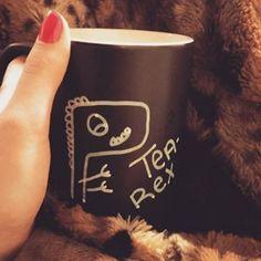 Wenn Du einen Lieblingsbecher hast, für den Du zu kämpfen bereit wärst. | 16 Bilder, die alle verstehen, die etwas zu sehr von Tee besessen sind