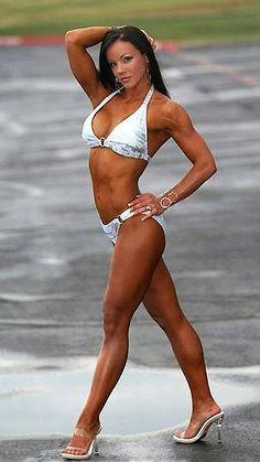 Kendra Elias - IFBB Fitness Competitor - @iLuvHardbodies