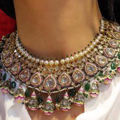 Bridal Jewelry When I evaluate Polki-Kundan jewellery, I use the same criteria as I would for a work of art; the provenance of the artist, the finesse of… - Indian Jewelry Sets, Indian Wedding Jewelry, India Jewelry, Wedding Jewelry Sets, Bridal Jewelry, Silver Jewelry, Indian Bridal, Silver Ring, Bridal Kundan Jewellery
