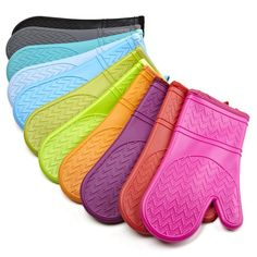 Get the durable silicon oven glove here and get 100% satisfaction guarantee.