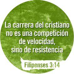 Así que sigo adelante, hacia la meta, para llevarme el premio que Dios nos llama a recibir por medio de Jesucristo. Filipenses 3:14 TLA #Versiculos - #Biblia #Dios
