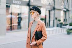 Street style by Anna Pogribnyak Baker boy cap Baker Boy Cap, Anna, Street Style, Coat, Jackets, Outfits, Fashion, Down Jackets, Moda