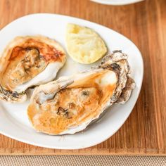 Broiled Oysters with Asian Sauce. It's easy to make your own broiled oysters with Asian sauce at home. Gluten Free and Dairy Free. Gluten Free Appetizers, Appetizer Recipes, Vegetable Appetizers, Star Chef, Oysters, Seafood Recipes, Dairy Free, Asian, Aioli