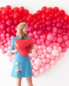 Giant Ombre Heart Balloon Backdrop (Oh Happy Day! My Funny Valentine, Valentines Day Food, Valentines Day Decorations, Party Kulissen, Festa Party, Ideas Party, Casino Party, Valentinstag Party, Balloon Backdrop