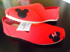Mickey and Minnie Flats...WANT for my Disneyland trip! :)