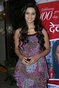 Shivani Surve, Katrina Kaif Photo, Best Photo Background, Photo Backgrounds, Cool Photos, Bb, Beautiful Women, Glamour, Formal Dresses