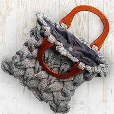 Stunning knit bag✿*゚