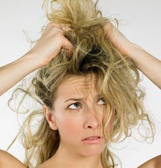 Having a bad hair day? You know one of those days where it seems like nothing is going right, you don't feel in control of your life or. Bad Hair Day, 5 Minute Hairstyles, Cool Hairstyles, Cheveux Ternes, Morning Hair, Hair Fixing, Dull Hair, Hair Remedies, Bleached Hair