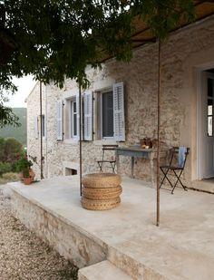 travel inspiration | villa kalos | greek island getway in ithaca