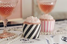 Sweet Emelyne's – Pink Champagne Cupcakes