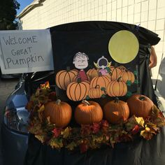Trunk or treat: the great pumpkin; Charlie Brown