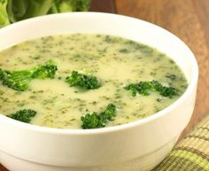 3 SmartPoints Cream of Broccoli Soup – Skinny Points Cooking Easy Broccoli Soup, Brocoli Soup, Broccoli Soup Recipes, Cream Of Broccoli Soup, Easy Soup Recipes, Cooking Recipes, Healthy Recipes, Ww Recipes, Cooking Time
