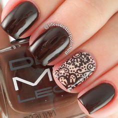 Dark Chocolate and Cream Baroque Inspired Nails