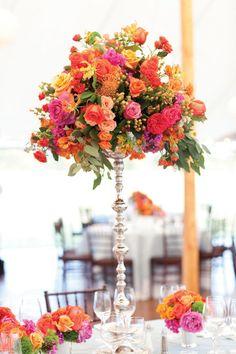 Tyler Alten & Elizabeth Stanton • Floral arrangements and table decoration ideas | Island Weddings