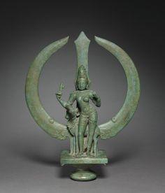 hinducosmos: Trident with Shiva as Half-Woman (Ardhanarishvara) c. Chola period, Tamil Nadu, India (via The Cleveland Museum of Art) Bronze Sculpture, Sculpture Art, Metal Sculptures, Abstract Sculpture, Southeast Asian Arts, Lord Vishnu Wallpapers, Art Asiatique, Cleveland Museum Of Art, Trident