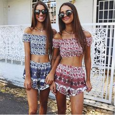 Women Fashion Sexy Two Pieces Strapless Off Shoulder Backless Stretch Frilly Crop Tops and Print Shorts Set 7_S