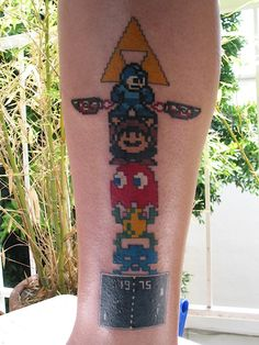 22 Awesome and Geeky Pacman Tattoos | Walyou