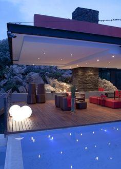 Lam House terrace by Nico van der Meulen Architects