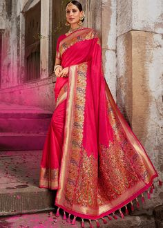 Product Features: Color: Pink Fabric: Art Silk Blouse Color: Pink Saree Length: Meters Blouse Length: Meters Type Of Work: Weaving Disclaimer: Color and Texture may have slight variation due to photography Art Silk Sarees, Tussar Silk Saree, Chiffon Saree, Embroidered Clothes, Embroidered Silk, Beau Sari, Bollywood, Plain Saree, Traditional Sarees