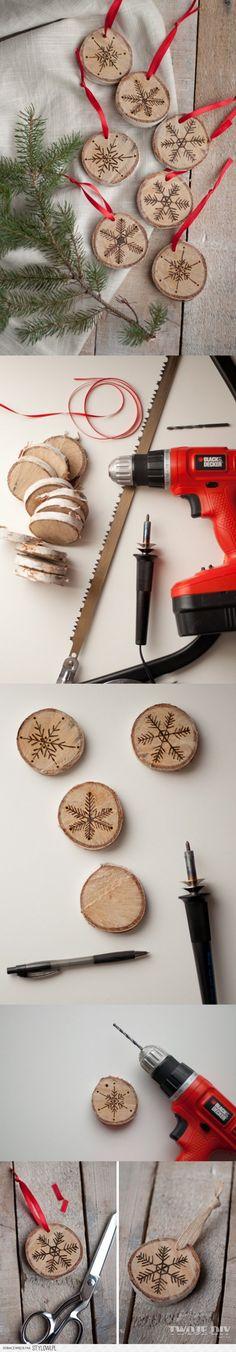 Drewniane zawieszki
