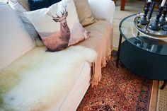 Ripauksella itämaista sisustukseen kirppislöydöillä Shag Rug, Rugs, Home Decor, Shaggy Rug, Farmhouse Rugs, Decoration Home, Room Decor, Blankets, Home Interior Design