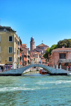 annajewelsphotography:  Venice - Italy (by... IFTTT Tumblr