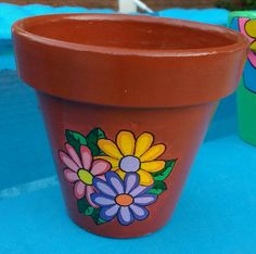 Clay Pot Projects, Clay Pot Crafts, Craft Projects For Kids, Diy And Crafts, Projects To Try, Painted Plant Pots, Painted Flower Pots, Pottery Painting, Diy Painting