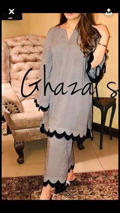 New pink prints linen caftans casual big hem linen maxi dress vintage short sleeve maxi dresses Kurti Sleeves Design, Sleeves Designs For Dresses, Kurta Neck Design, Dress Neck Designs, Salwar Designs, Kurta Designs Women, Kurti Designs Party Wear, Pakistani Fashion Casual, Pakistani Dresses Casual