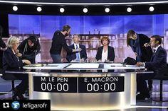 #Repost @lefigarofr  Mercredi soir plus de 165 millions de téléspectateurs ont suivi le face-à-face Emmanuel Macron - Marine Le Pen retransmis sur TF1 et France 2. Il sagit du plus faible score daudience réalisé par un débat de lentre-deux-tours. Au lendemain de ce duel particulièrement tendu la présentateur Christophe Jakubyszyn a déclaré quils avaient du mal à reprendre la main la présentatrice Nathalie Saint-Cricq se dit frustrée. Crédit photo : ERIC FEFERBERG/@afpphoto #Débat…