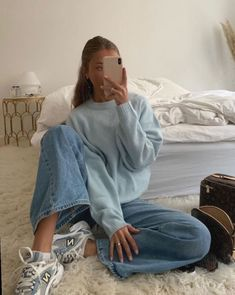 """I'm so in the mood to incorporate pastel colours into my outfits this spring! Cute Casual Outfits, Retro Outfits, Vintage Outfits, Colourful Outfits, Grunge Outfits, Urban Outfitters Outfit, Nike Sweats Outfit, Mode Outfits, Fashion Outfits"