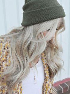 ashy platinum hair - Google Search                                                                                                                                                                                 Mais
