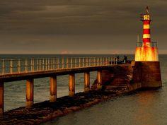 Amble Pier Lighthouse - lighthouses Photo