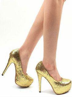 Gorgeous golden pumps!!