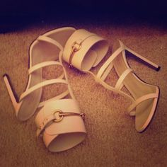 SOLD Authentic Gucci Sandals SOLD Authentic White Ursula Sandals , limited Edition , only worn once ! Make a offer Gucci Shoes Sandals