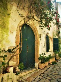 The old house in the villages of Corfu Corfu Greece, Mykonos Greece, Athens Greece, Santorini, Places To Travel, Travel Destinations, Corfu Island, Greek Isles, Greece Islands