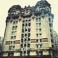 Architecture. Sou Sampa ®