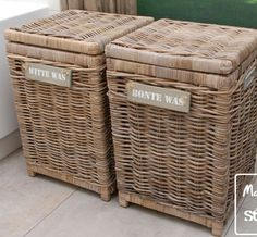 For the white and the colored laundry Laundry Box, Laundry In Bathroom, Laundry Baskets, Laundry Rooms, Pantry Inspiration, French Baskets, Upcycled Home Decor, Home Organisation, Classic Bathroom