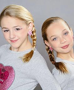 """Then end: Maddie came in the next day of school all happy. She ran up to Chloe! """"Logan texted me last night! He wants to be my boyfriend!"""" """"I told u maddie! I'm really happy for u bae! Dance Moms Costumes, Dance Moms Dancers, Dance Moms Girls, Two Girls, These Girls, Chloe Kendall, Chloe Lukasiak, Show Dance, Maddie Ziegler"""