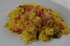 Our recipe of the week is from Brunei. Try your hand at cooking Nasi Biryani (celebration rice). This is a recipe for cooking that is relatively easy. #NasiBiryani #Brunei #Recipe For more info: www.food.com/recipe/nasi-biryani-celebration-rice-brunei-480624 Photo credit: GiddyUpGo